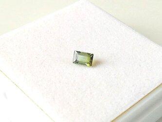 バイカラートルマリン 4.5×3.0mm ルースの画像