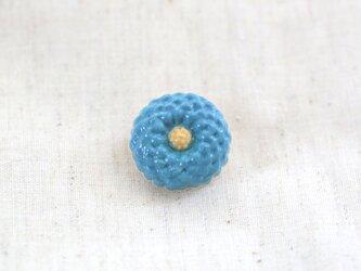 陶器の花ブローチ / ターコイズブルーの画像