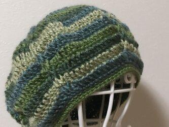 ウールのまぁるいニット帽の画像