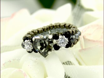 ぷっくり♡のきらきらリング【スワロフスキー♡〈ブラックダイヤモンド〉とジルコニア ビーズリング】《ビーズアクセサリー》の画像