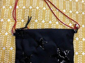 コーデュラナイロンのシンプルサコッシュ★いっぱいアップリケ黒の画像