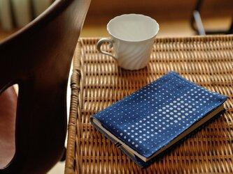 藍染×型染めブックカバー(チェック)の画像