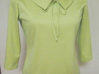 ショールカラーのリボン大好きTシャツ(青りんご色)の画像