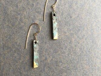 陶ピアス 緑青  「茎」フックタイプの画像