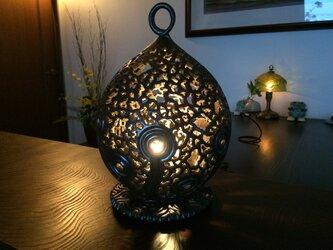 黒金彩透かし彫りインテリアランプ1「光」(LUMINARAキャンドルライト付き)の画像