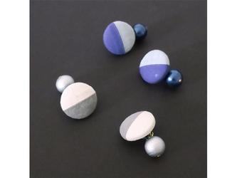 2色から選ぶ[両耳用ピアス]ストライプ/E-9_M_BL&GYの画像