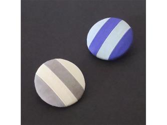 2色から選ぶ[ブローチ&クリップ]ストライプ/B−5_L_BL&GYの画像