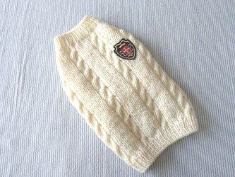 エンブレムセーター「オフホワイト」犬のセーターの画像
