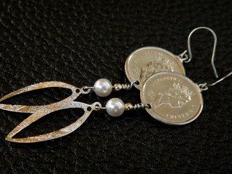 #E17 Canada Coin  Earringsの画像