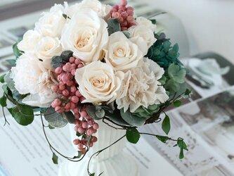ange (アンジュ)  プリザーブドフラワー アイボリー 結婚祝い・ 誕生日・ 退職祝いの画像
