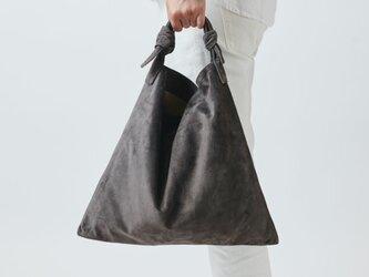 レザータイショルダーバッグ washable tie shoulder bag | greyの画像