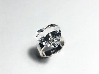 水晶シルバーリングの画像