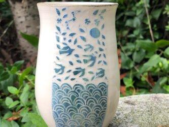 Kakiotoshi vase - 蝶や鳥の舞う日の画像