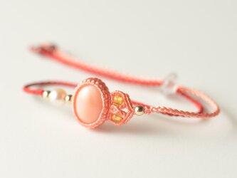 【シルク】桃色珊瑚/マクラメブレスレットの画像