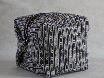 ハヌヌオ族 伝統手織物Tapisのサイコロ・ポーチ F(裏地:オレンジ ファスナー:シルバー)の画像