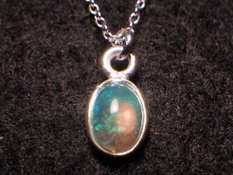 *sv925銀枠  Opal ☆10月天然石☆エチオピアオパールの一粒ネックレスの画像