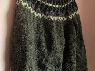 手編みセーター ノルディックの画像