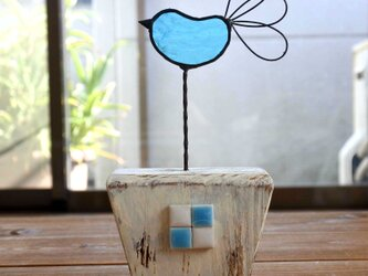 ステンドグラスの青い鳥の画像