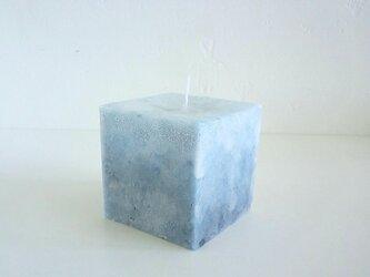 小さな立方体キャンドルの画像