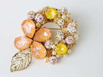 クリスマスリース風ブローチ~天使の小さな花冠~の画像