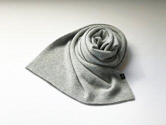 Pure カシミヤのふわふわマフラー L/Grayの画像