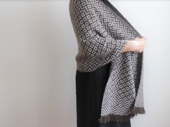 ヤクとカシミヤ <冬のダイヤモンド>手織りストールの画像