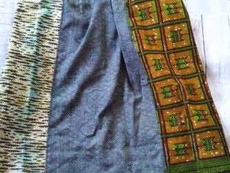 アフリカ布と着物のリメイクでロングスカートの画像