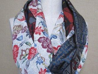着物リメイク 3重巻き出来る型染め花模様の上代紬×大島紬からロングスヌードの画像