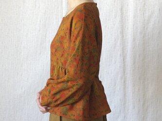 アウトレットセール♪♪ ふんわりお袖のペプラムプルオーバーの画像