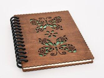 木のノートブックG 蝶々(木製ルーズリーフ)の画像
