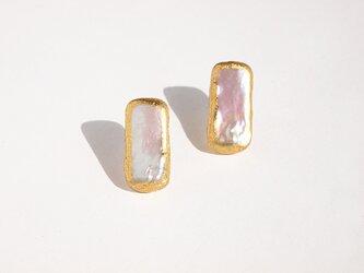 金箔パール[ピアス・イヤリング] rectangle | 淡水パール・金箔・14kgf・スタッドピアスの画像