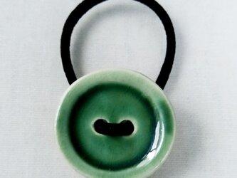 ボタンヘアゴム(緑)の画像