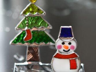 ステンドグラス 雪だるまさんと クリスマスツリーの画像