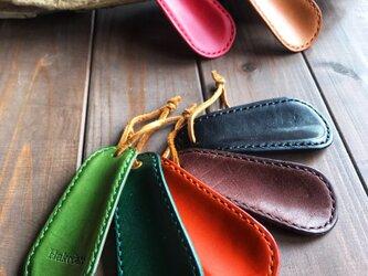 手縫いで仕上げたプレゼントにぴったりな靴ベラの画像
