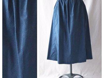 75cm丈:あったかベーシックなレクタングルスカート(デニムプリント:ネイビー)の画像
