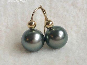 K18 高品質 黒蝶真珠 ボール ピアス  ラウンド 南洋真珠の画像