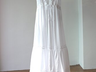 シュミーズドレス 白の画像