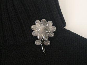 灰水晶の花の画像