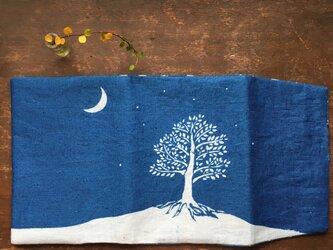藍染 ブックカバー「Night tree」の画像