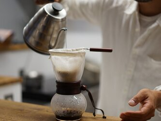 【wafu】リネン ネルドリップ用 コーヒーフィルター / ホワイトか亜麻ナチュラル【1~4人用】z020aの画像
