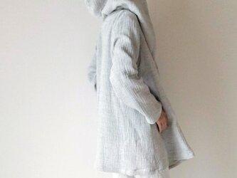 トリプルガーゼのフーデッドコート*羽織りフーディ*シンプル無地*ライトグレーの画像