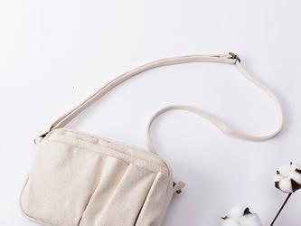 【0002生成り】 2Way 着脱できるショルダー付き 可愛いショルダー インナーバッグ バッグインバッグ 巾着バッグの画像