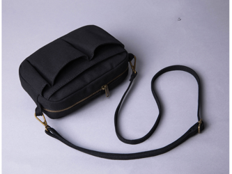 【0002黒】 2Way 着脱できるショルダー付き 可愛いショルダー インナーバッグ バッグインバッグ 巾着バッグの画像