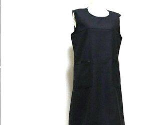 大人可愛いポケットアクセントのノースリーブドレス☆ウール・ブラックの画像
