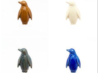 陶器ブローチ ペンギン(立)の画像