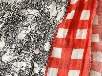 ゆるゆる猫柄ダブルガーゼストール (Red&white)の画像