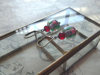 ヴィンテージ SquareーPink薔薇/Dark-Ruby フレンチフックピアスの画像