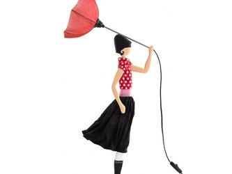 【2019年夏新モデル】風のリトルガールおしゃれランプ Minnie テーブルランプ 受注製作 送料無料の画像