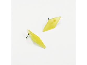 3色から選ぶ[片耳用ピアス]草木染め菱形/E-6_DS_PDの画像