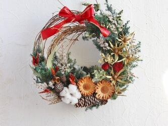 Pleasant Christmas wreathの画像